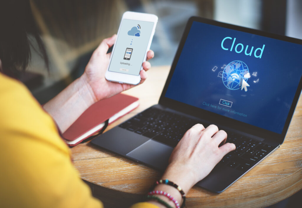 Looking to invest in the cloud for your business? Check out this list of the benefits of cloud computing for small businesses.